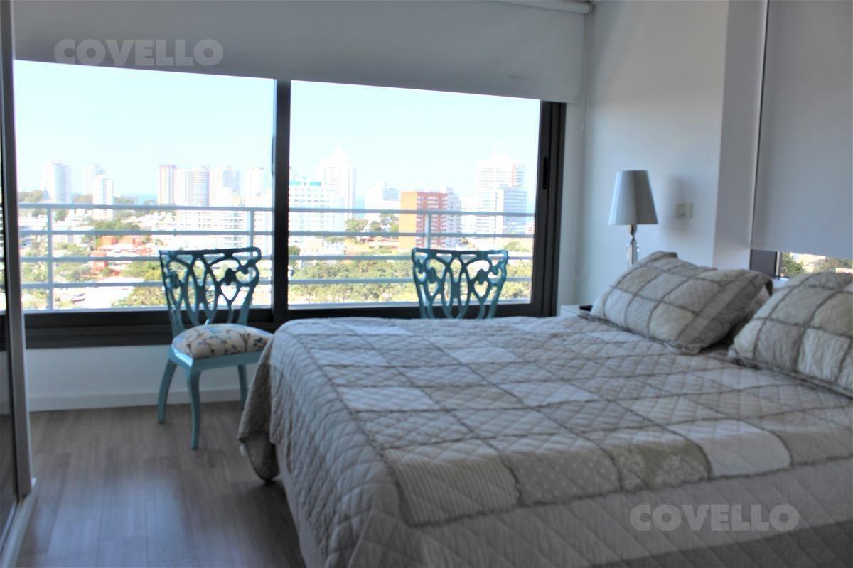 alquiler temporal, apartamento esquinero en torre alexander boulevard, 3 dorm en suite