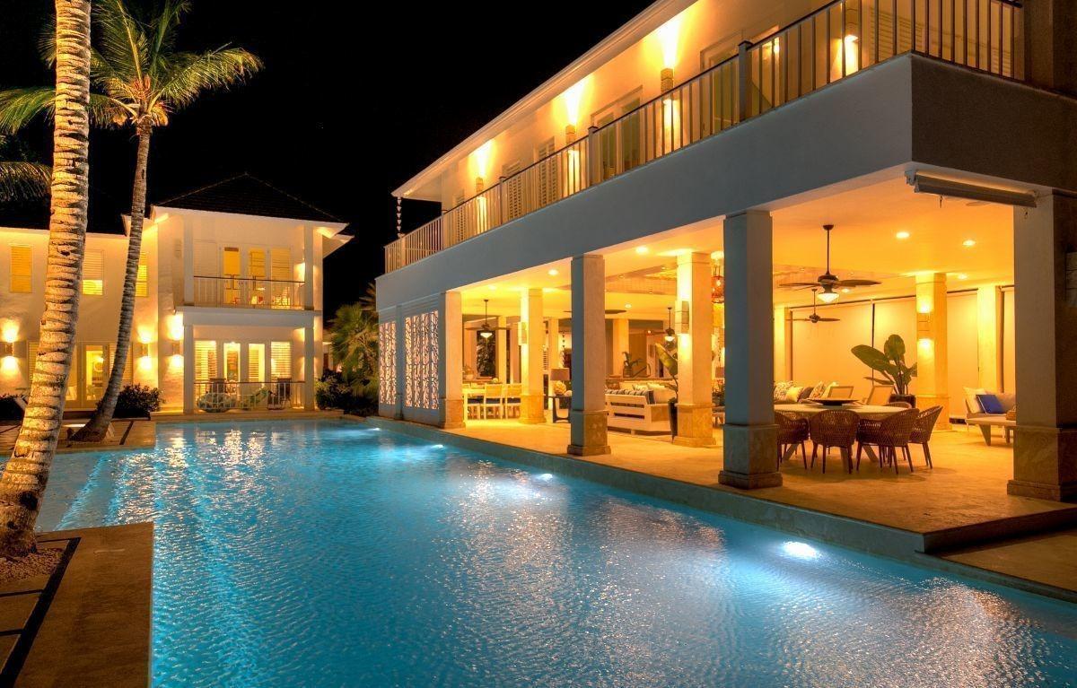 alquiler temporal de villa frente a la playa en arrecife punta cana resort