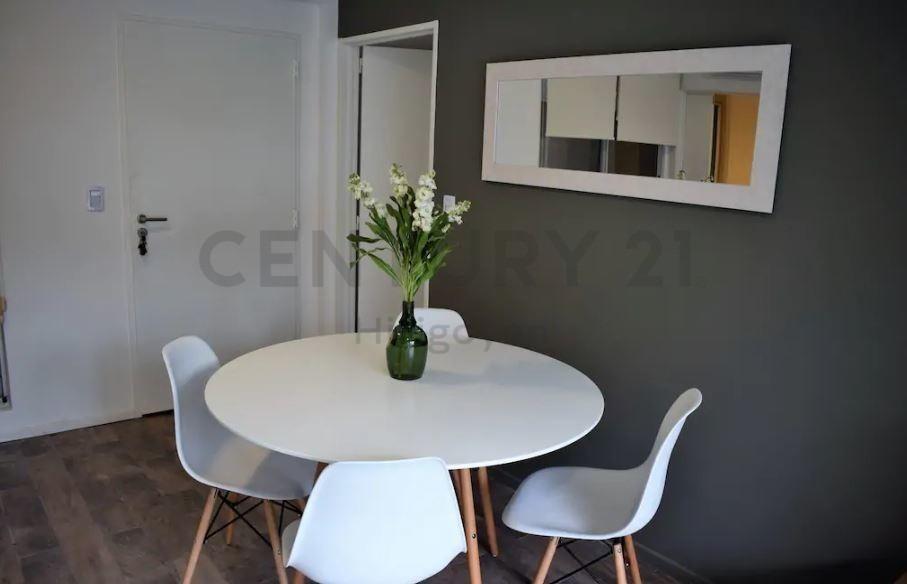 alquiler temporario 2 ambientes con terraza propia y parrilla