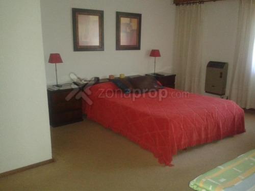 alquiler temporario casa 4 ambientes con dependencia de servicio pinamar