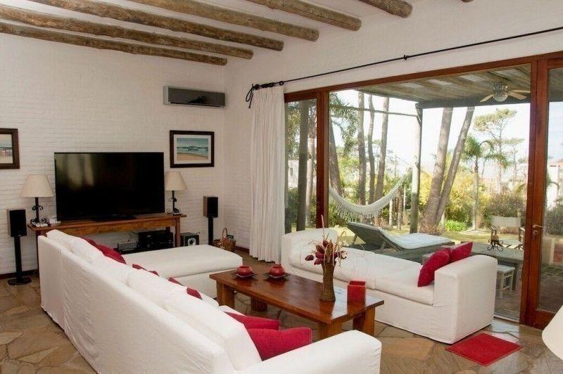 alquiler temporario casa 5 dormitorios en montoya/la barra