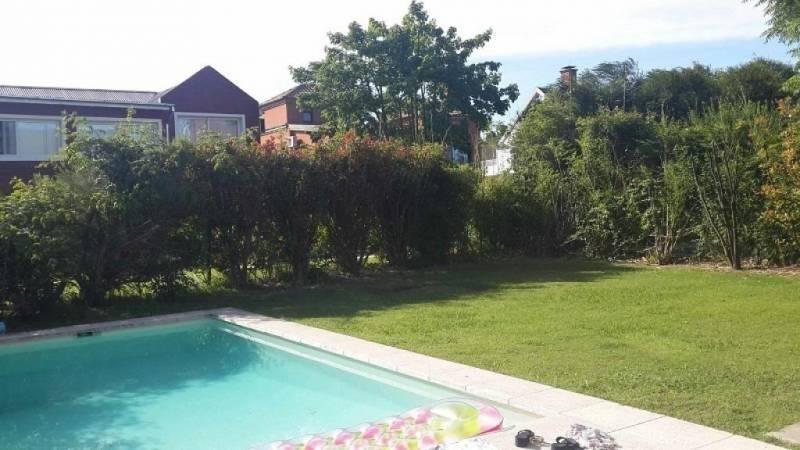 alquiler temporariotalar chico hermosa casa parque y piscina