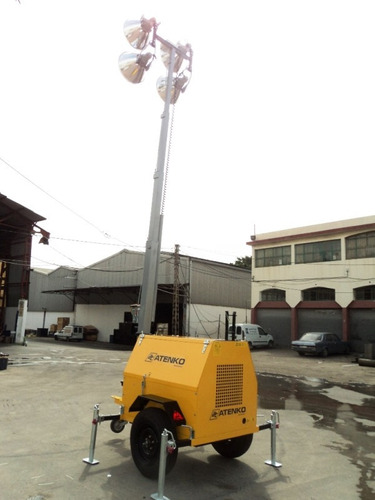 alquiler torre de iluminación 4 focos de 1000w