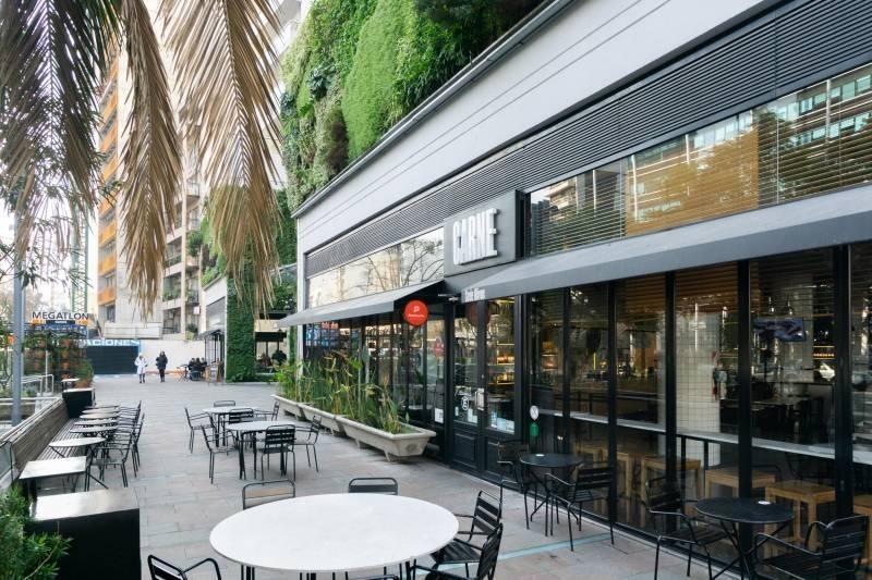 alquiler tres ambientes en esquina en  palmera olivos. impecable.