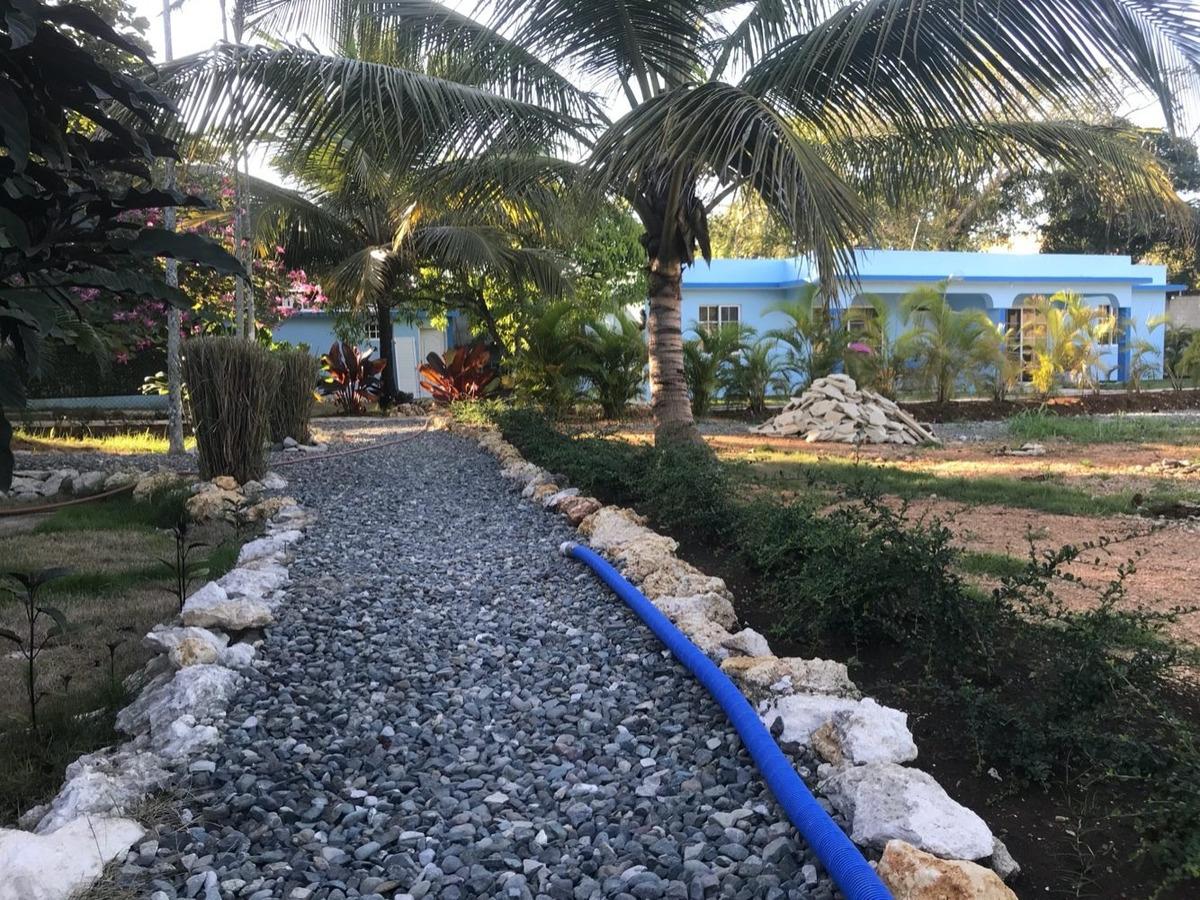 alquiler villa 1 noches con uso de piscina y bbq 4 pers.