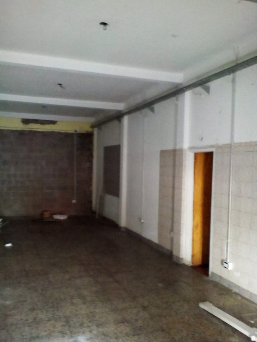 alquiler / villa luzuriaga : local comercial