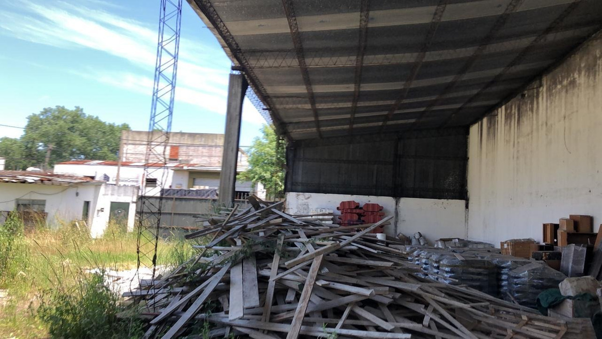 alquiler villa martelli galpon s/ lote de 30 m frente ideal