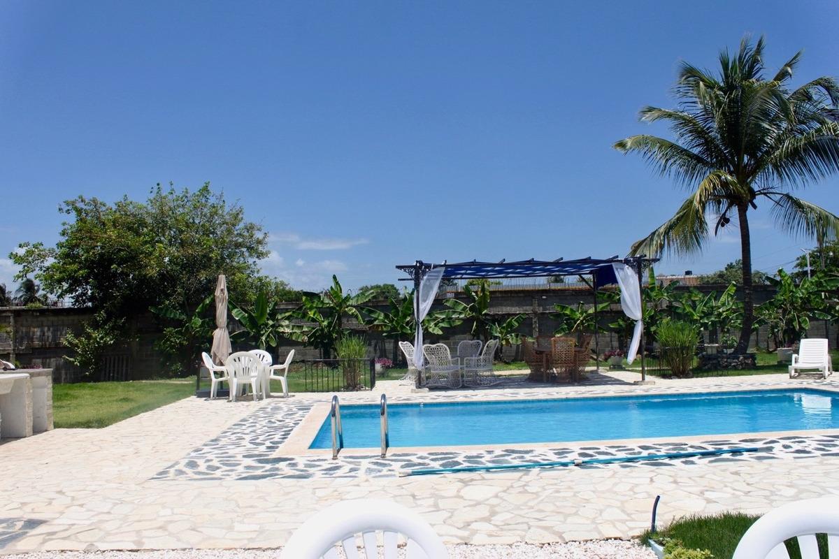 alquiler villa por 1 noches/pasadia con uso de piscina y bbq