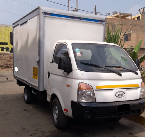 alquiler y venta de camnión hyndai h-100 -2008