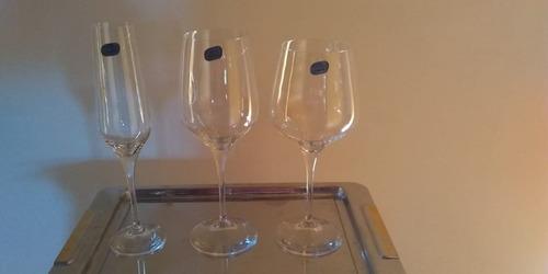 alquiler y venta de copas para vinos línea profesional