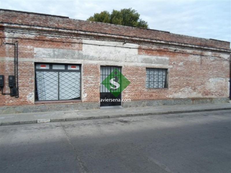 alquiler y venta en el centro maldonado, para comercio o edif. en altura.- ref: 44257