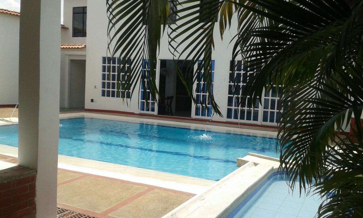alquiler y venta  hermosa casaquinta con  piscina privada