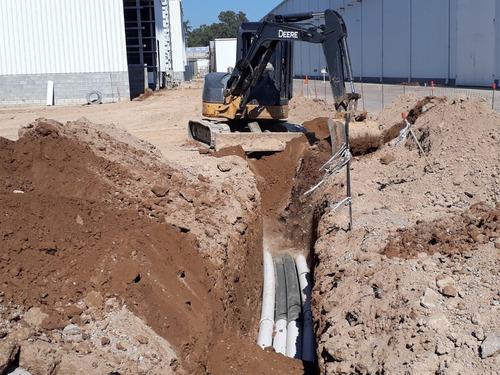 alquiler zanjeo maquinas con operario / obras instalaciones