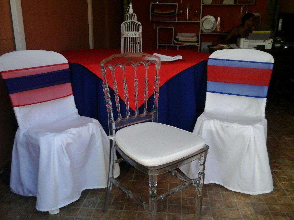 Alquileres de sillas mesas manteleria y todo para tus for Mesas y sillas para xv