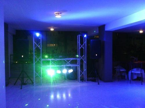 alquiller de display sonido karaoke robot led miniteca
