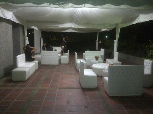 alquiller de puff mobiliario area lounge candy bar