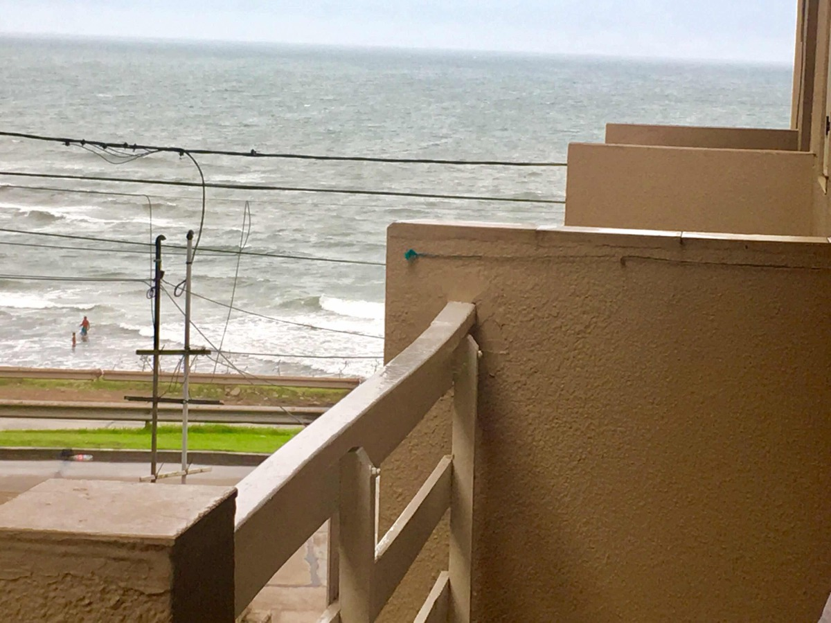 alquilo 2 amb frente al mar zona waikiki
