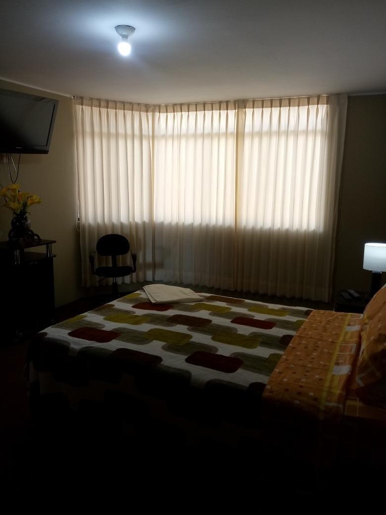 alquilo amplia habitación amoblada en huancayo