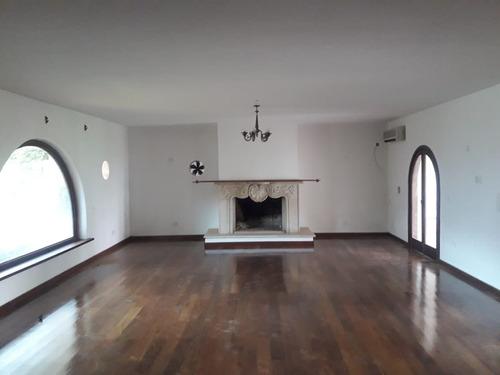alquilo amplia residencia en asuncion barrio manora a1351