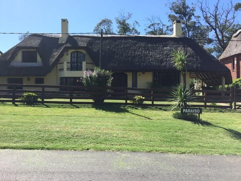 alquilo anual impecable casa en punta del este