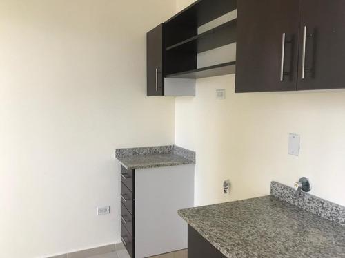 alquilo apartamento #18-3675  **hh** en el cangrejo