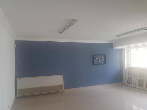 alquilo apartamento #19-2433  **hh** en el cangrejo