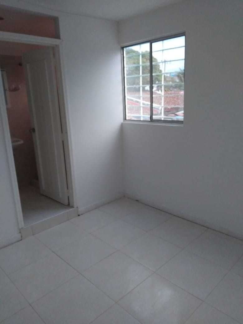 alquilo apartamento  carrera 73 número  9-34 capri piso 2