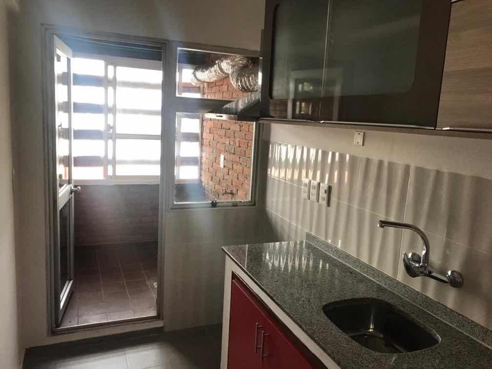 alquilo apartamento céntrico a nuevo 2  dormitorio luminoso