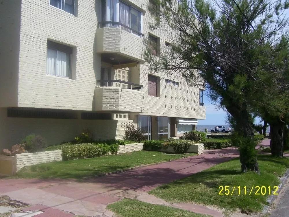 alquilo apartamento de 1 dormitorio sobre rbla de piriapolis
