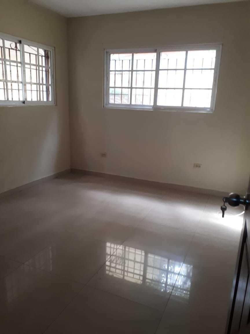 alquilo apartamento en alma rosa 1era(residencial cerrado)