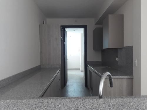 alquilo apartamento en costa del este    mec19-3803
