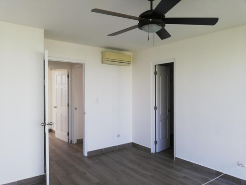 alquilo apartamento en costa del este    mec19-6846