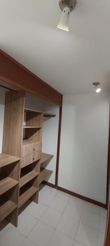 alquilo apartamento en pinares pereira