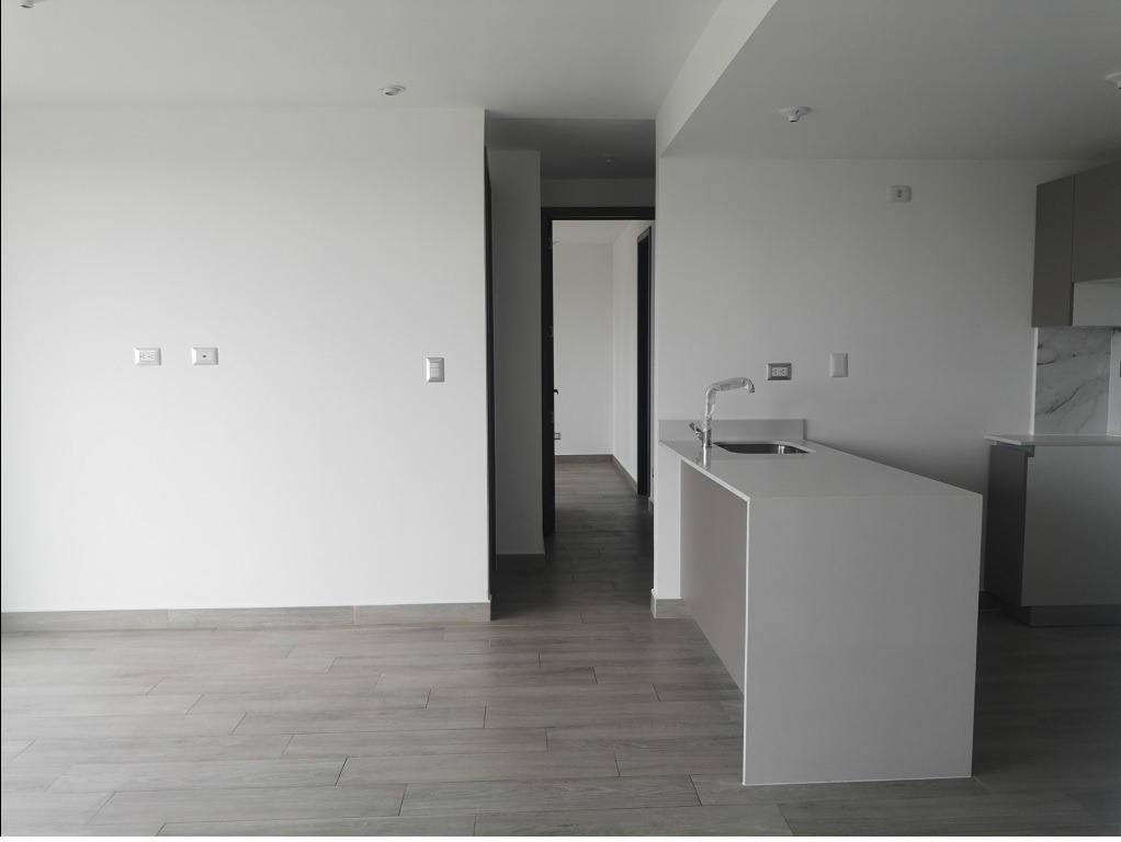 alquilo apartamento en z.15