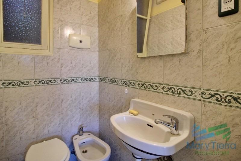 alquilo apartamento reciclado de 3 dormitorios en la peninsula, punta del este.-ref:37