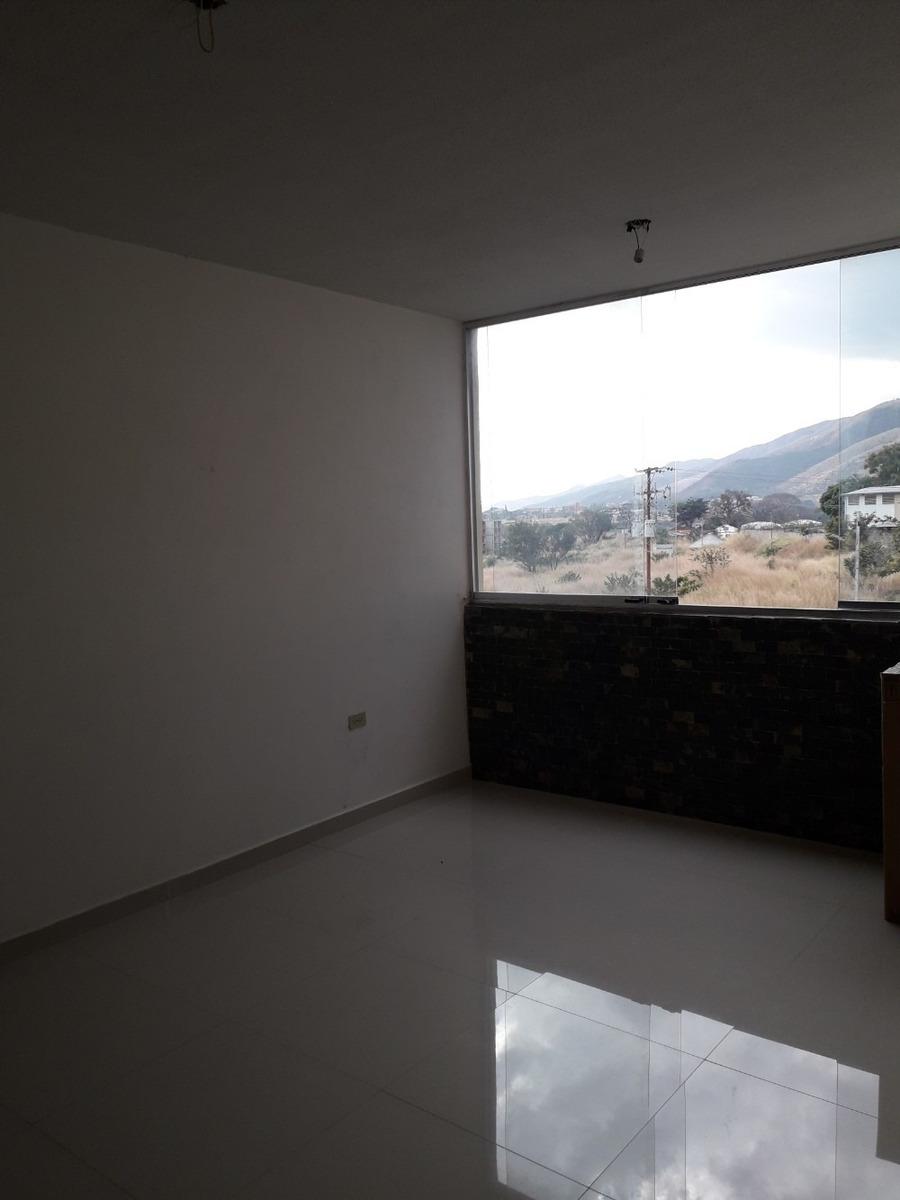 alquilo apartamento tipo estudio en urbanización ciudad real