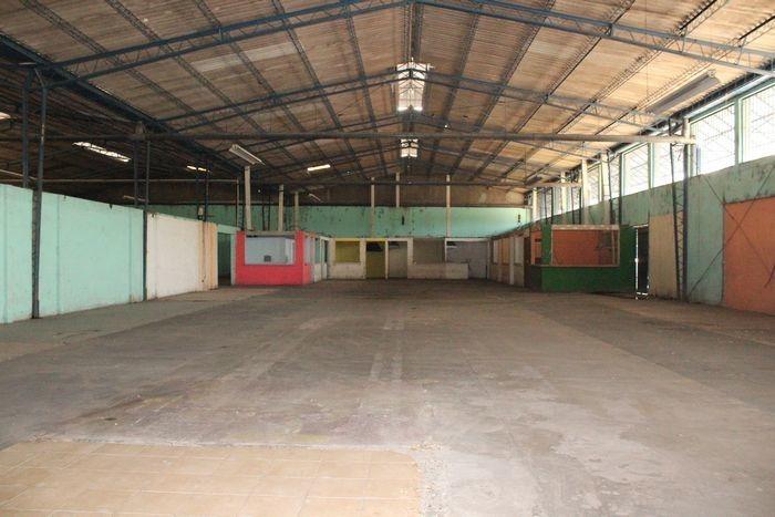 alquilo bodega de 2,000 m2  por alcaldía soyapango