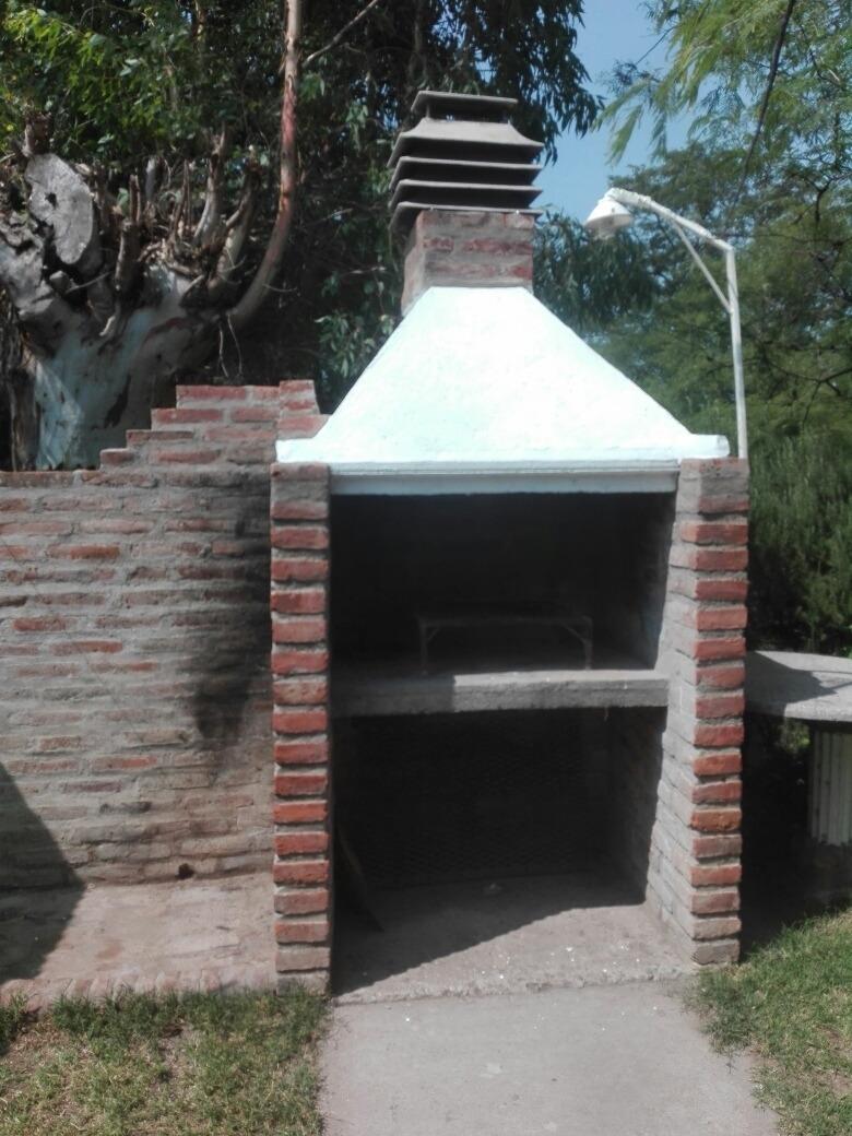 alquilo cabaña en saldungaray a 8 km de sierra de la ventana