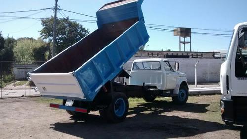 alquilo camion volcador por dia, semana, mes o trabajo
