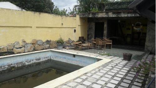 alquilo casa-comercial en barquisimeto flex18-7843