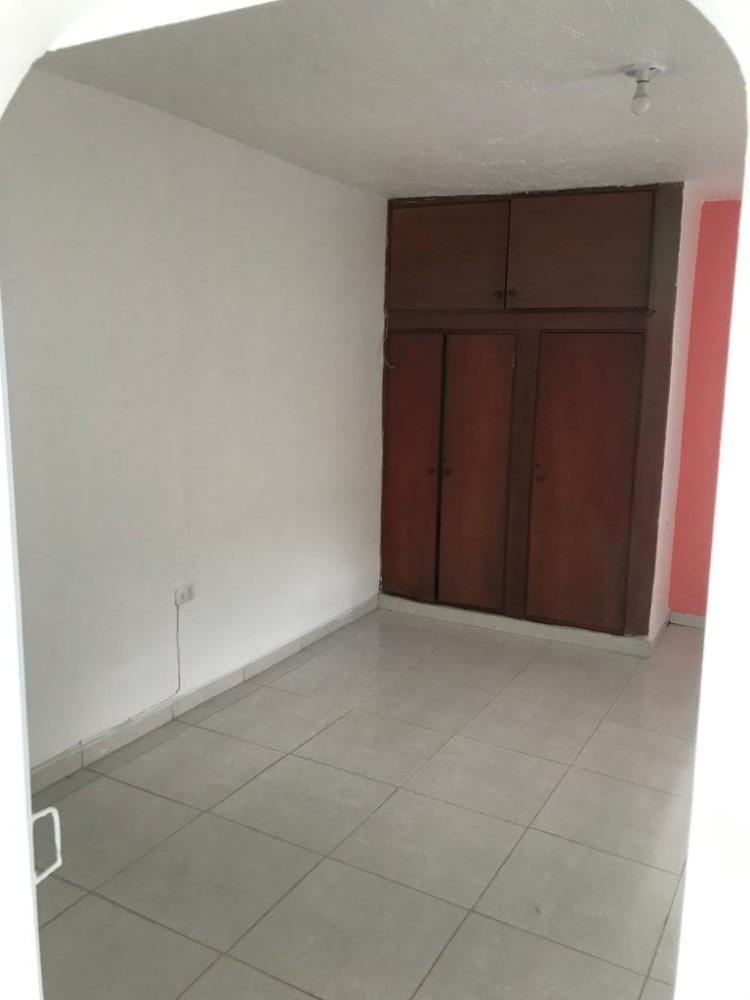 alquilo casa cómoda, segura, primer piso