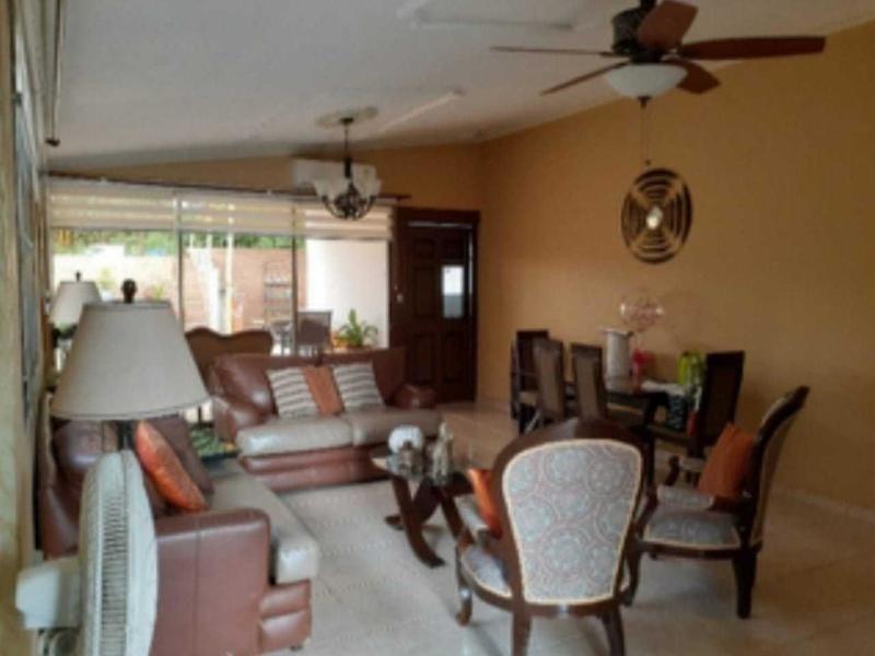 alquilo casa confortable en brisas del golf 20-672**gg**