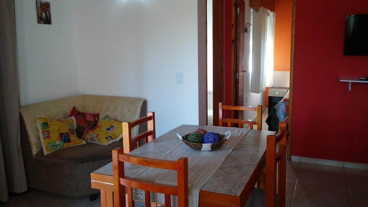 alquilo casa en barra de chuy- barra do chui. brasil