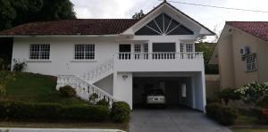 alquilo casa en brisas del golf cod 20-4219