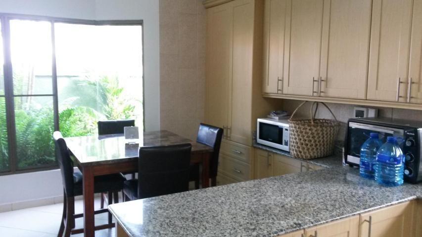 alquilo casa en resid. begonia, costa del este#18-4263**gg**