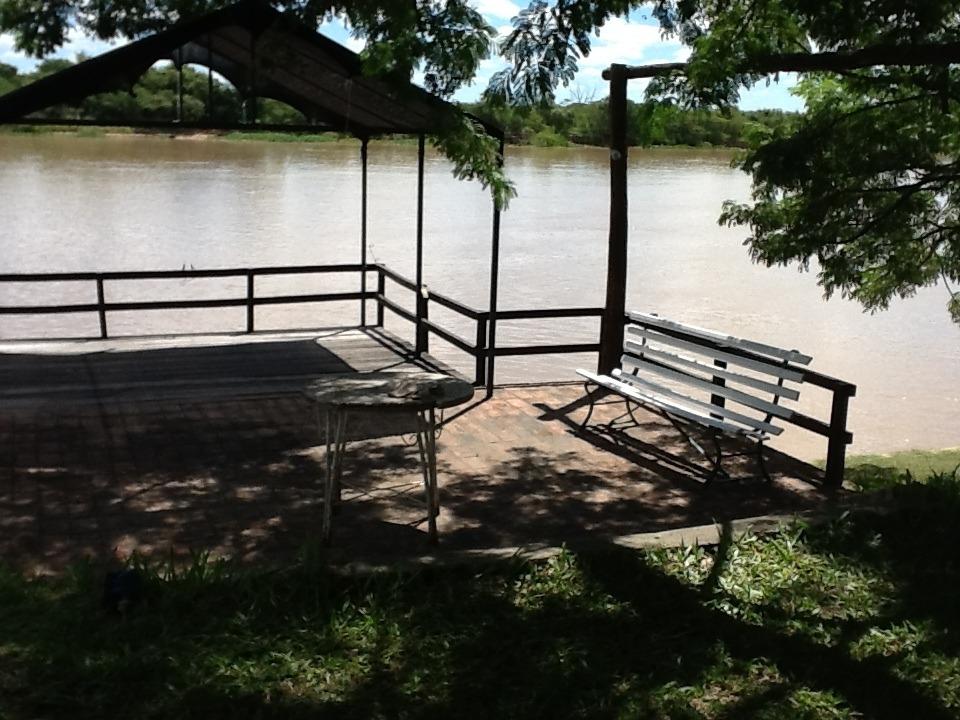 alquilo casa quinta, sobre el rio