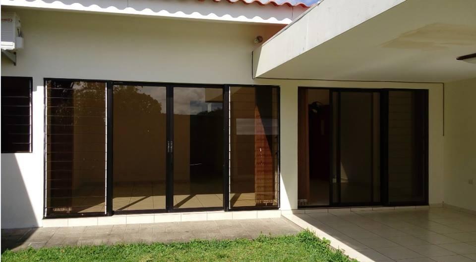 alquilo casa residencial miramar, 1 planta, privado, casa,