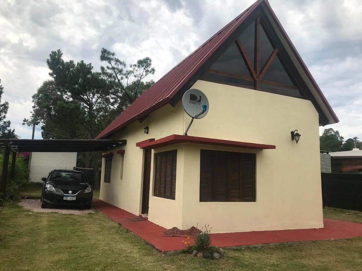 alquilo casa y cabaña en punta colorada