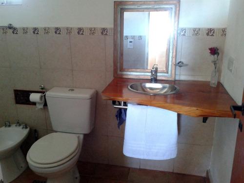 alquilo casa zona residencial en villa general belgrano