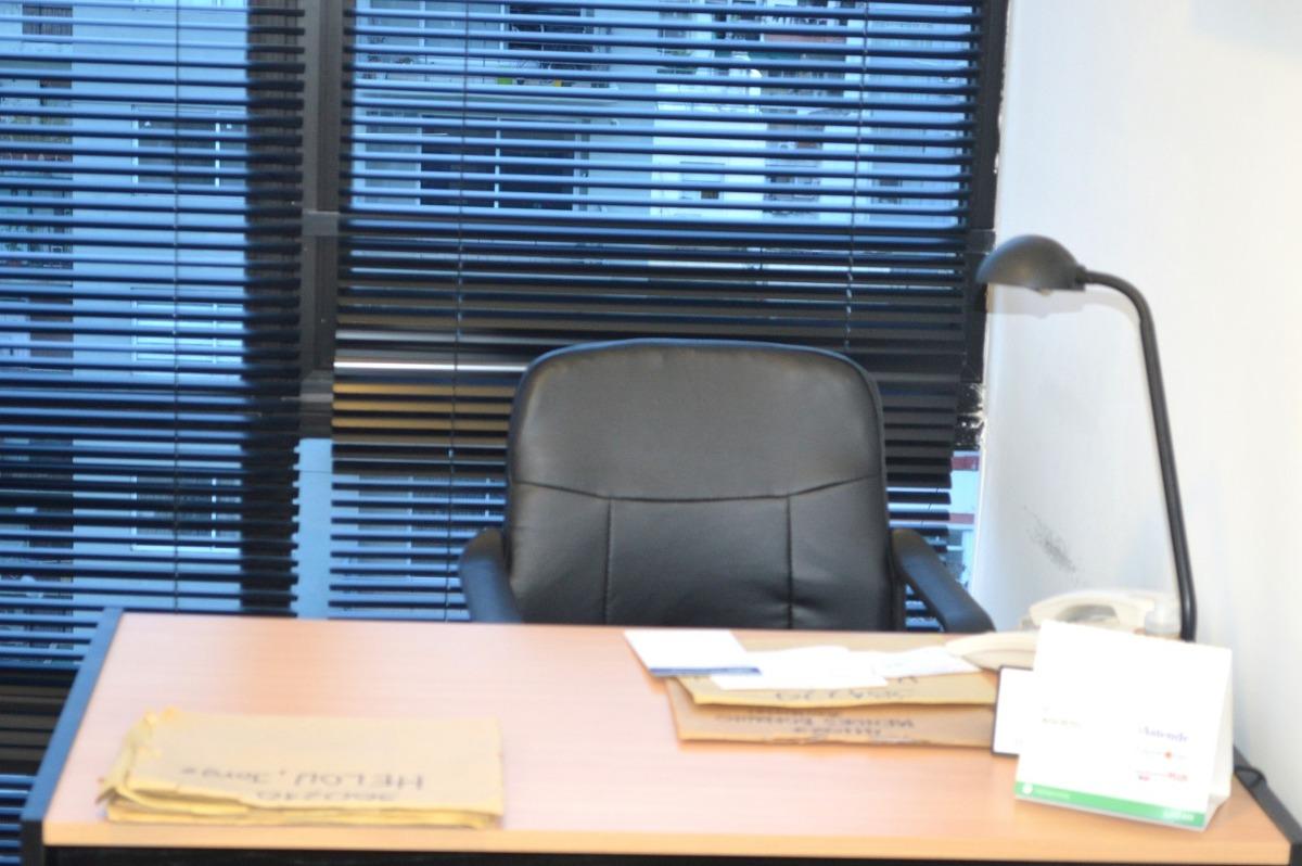alquilo   consultorio belg sobre cabildo medico/psicologos